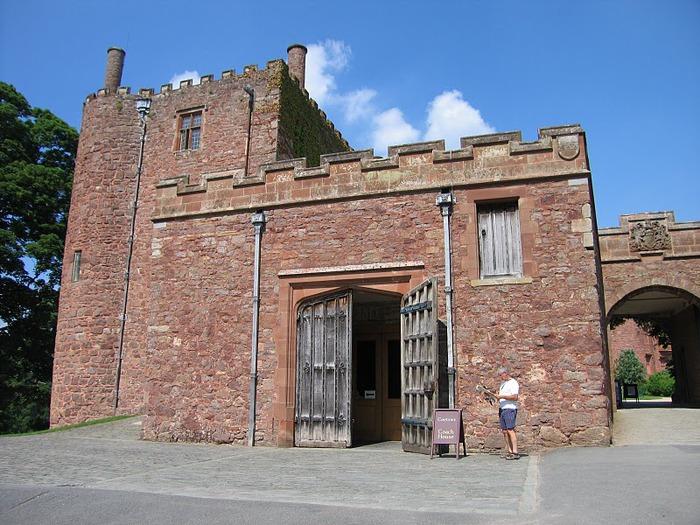 Замок Powis Castle, графство Поуис. 31595