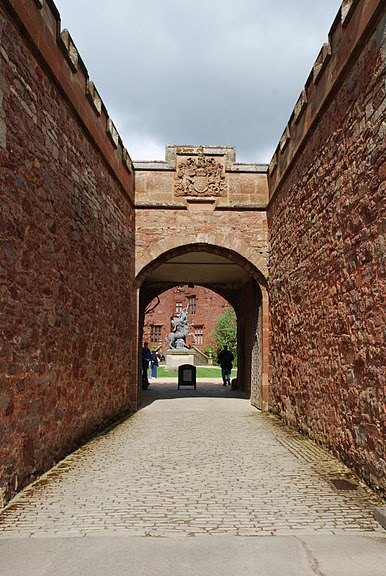 Замок Powis Castle, графство Поуис. 10709