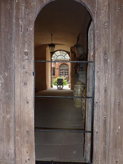 Замок Powis Castle, графство Поуис. 81872