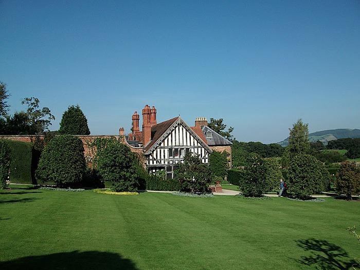 Замок Powis Castle, графство Поуис. 35842