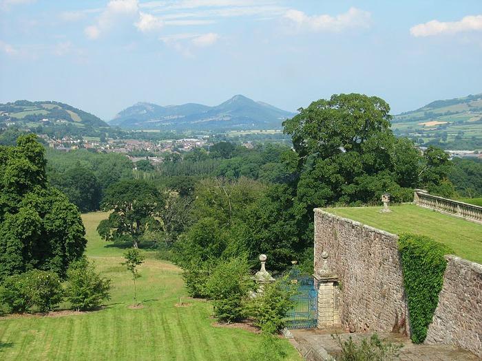Замок Powis Castle, графство Поуис. 80175