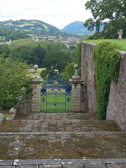 Замок Powis Castle, графство Поуис. 76624