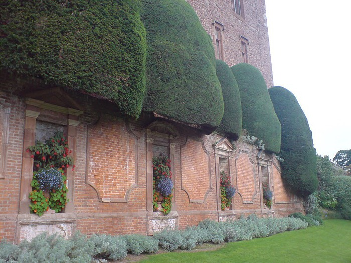 Замок Powis Castle, графство Поуис. 77066