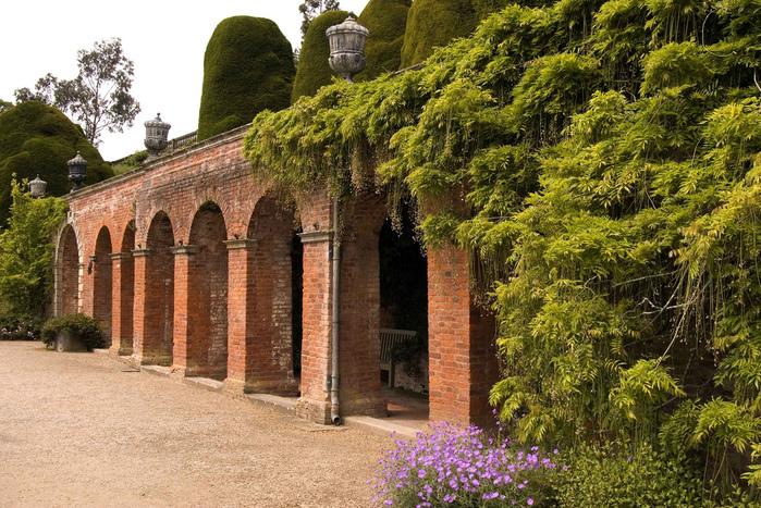 Замок Powis Castle, графство Поуис. 43798