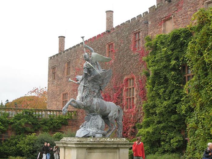 Замок Powis Castle, графство Поуис. 46866