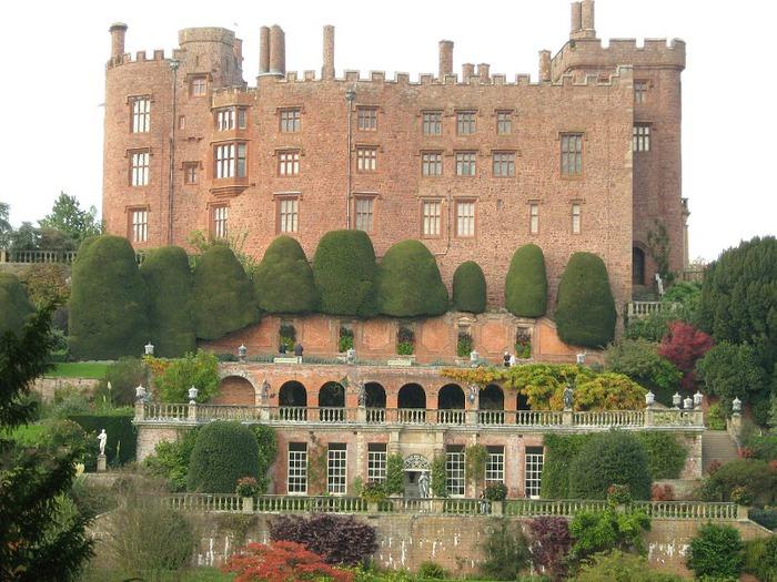Замок Powis Castle, графство Поуис. 77137