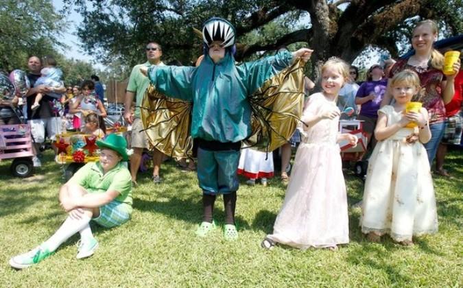 75-й ежегодный фестиваль креветок и нефтепродуктов в Морган-Сити, штат Луизиана, 4 сентября 2010 года.