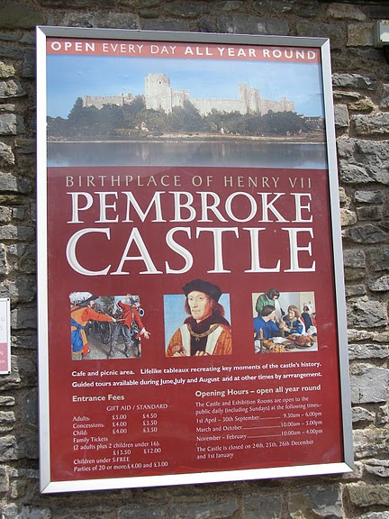 Замок Пембрук в Уэльсе 24180