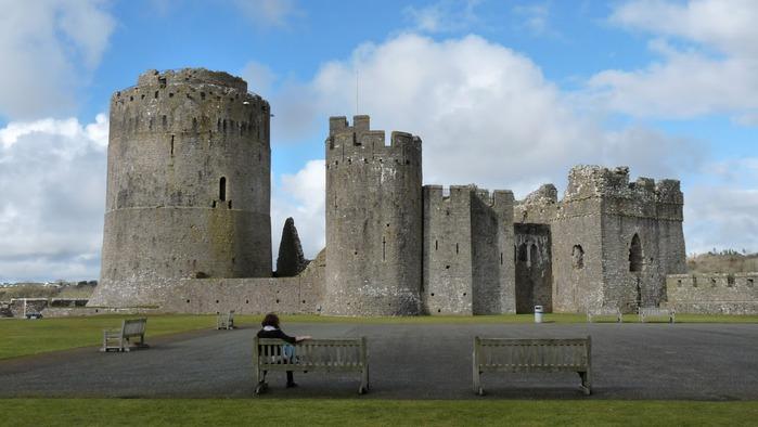 Замок Пембрук в Уэльсе 82130