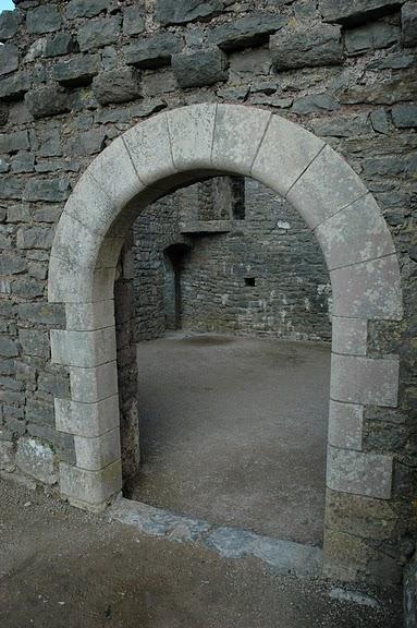 Замок Пембрук в Уэльсе 41141