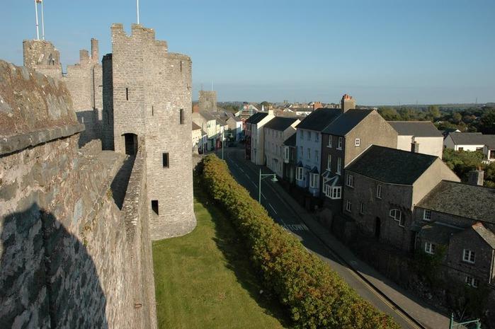 Замок Пембрук в Уэльсе 73533