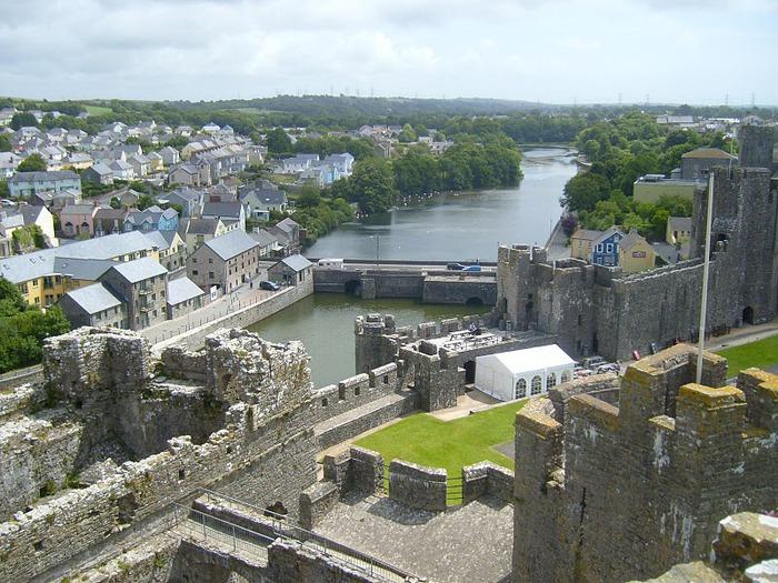 Замок Пембрук в Уэльсе 66064