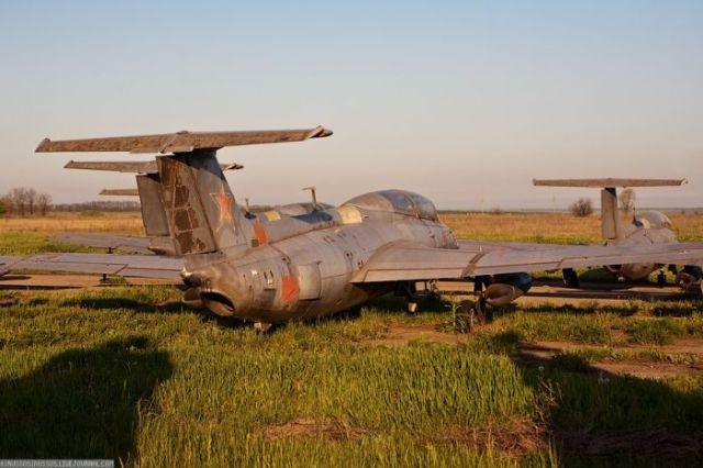 заброшенный аэродром в крыму 33
