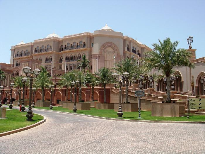 Добро пожаловать в палас-отель «Emirates Palace» 50923