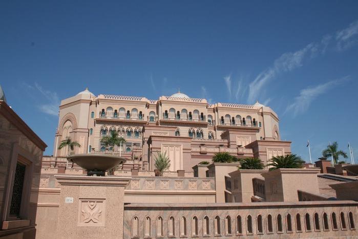 Добро пожаловать в палас-отель «Emirates Palace» 19447