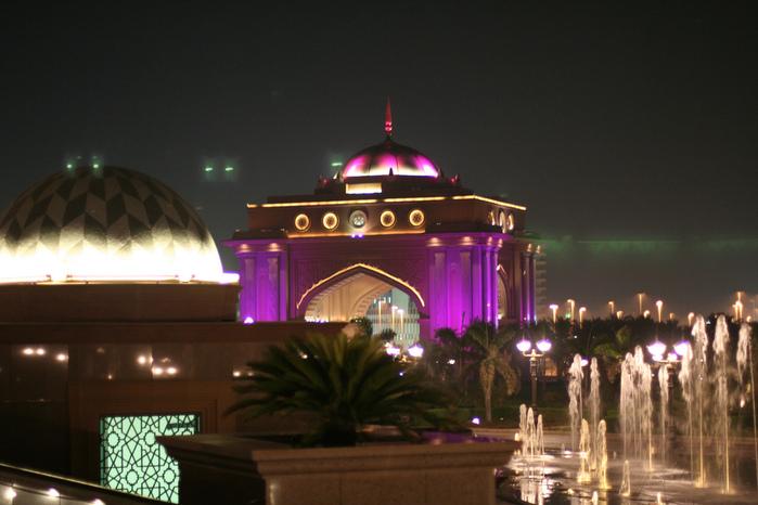 Добро пожаловать в палас-отель «Emirates Palace» 22314