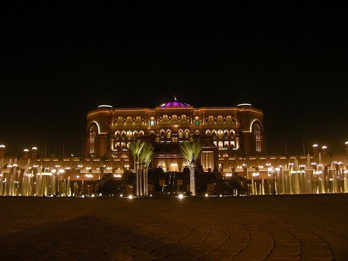 Добро пожаловать в палас-отель «Emirates Palace» 34302