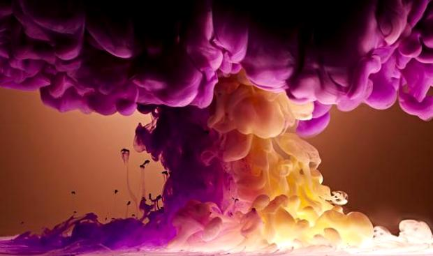 Так краска падает в воду у Марка Моусона (Mark Mawson)