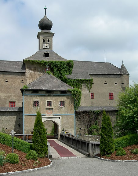 Замок Габельхофен - Hotel Schloss Gabelhofen 86768