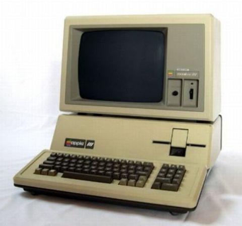 Apple 3 (1980 год)