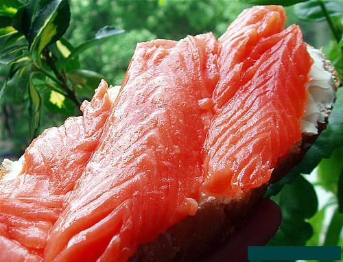 """Малосольная красная рыба  """"По-фински """".  500 г красной рыбы (форель..."""
