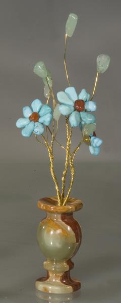 Цветы из камня лазурный