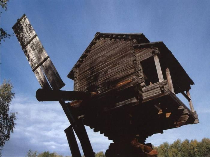 Ветряная мельница, XIX в. Кострома (Музей деревянного зодчества) .