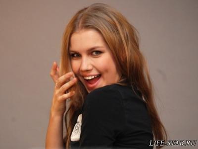 Даша Мельникова очень сильно изменилась,многие ее друзья и знакомые