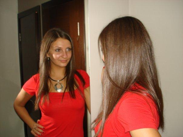 Сама я шатенка (да, фотка не ахти, но главное волосы хорошо видно