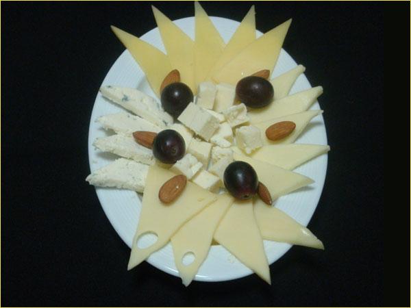 Кафе Клуб 5 Шаров - Сырная тарелка - Холодные закуски - Ресторан еда...