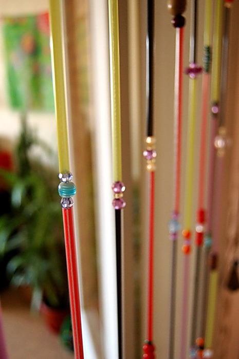 У вас дома наверняка завалялись старые ручки с исписавшимся стержнем, несколько комплектов детских фломастеров...