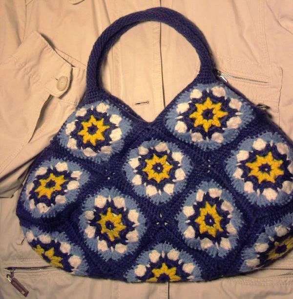 Вязание сумки из мотивов