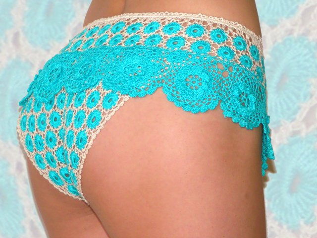 Crocheting Underwear : panties crochet patterns crochet april 29 th 2011 0 comment