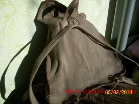 Вот сшила сыну рюкзак, а то ходим на улицу и сынуля тянет пакет.  Два дня ходим и не снимаем.