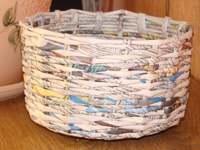Корзины из газет и журналов своими руками 9