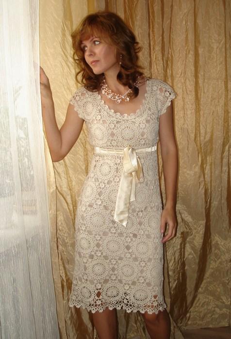 платье крючком из мотивов