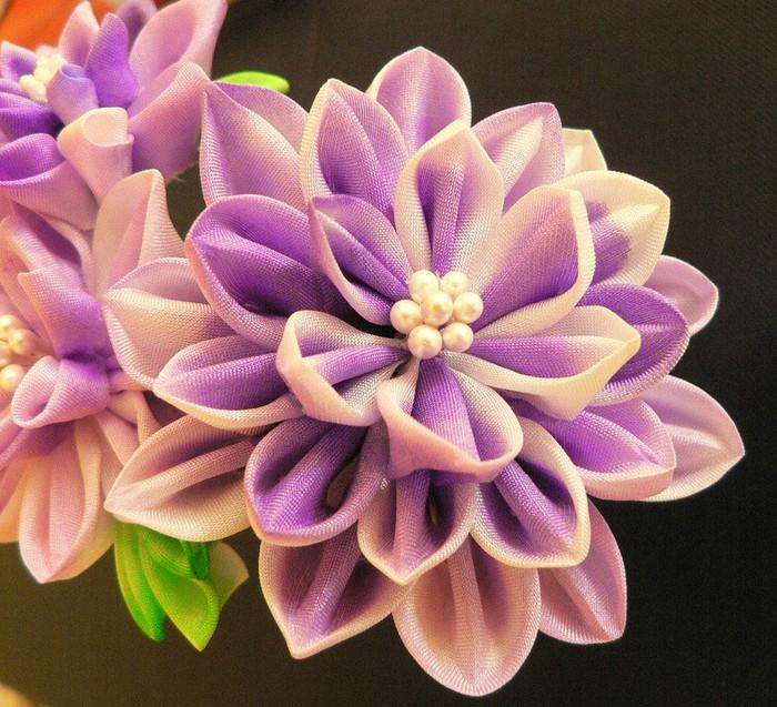 """ленты атласные разного размера (оптимальная ширина ленты варьируется в пределах 2... Канзаши  """"Цветок."""