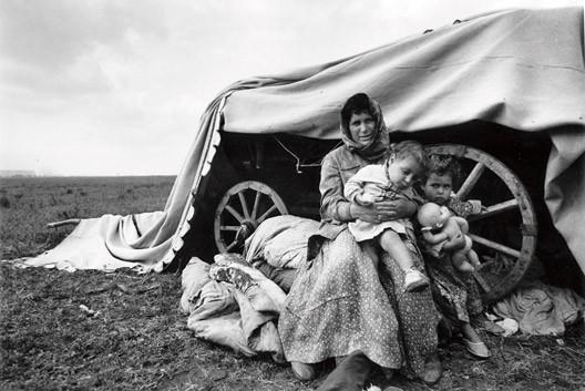 Фотографии Ляли Кузнецовой выставлялись в Европе...  Нравится.