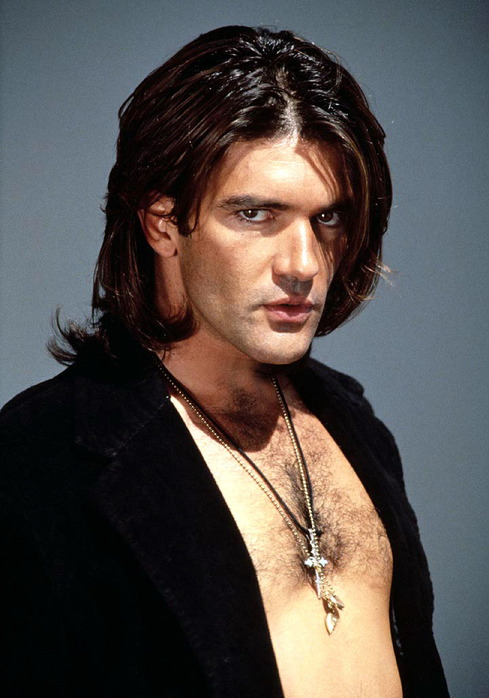 The Latin Look With Antonio Banderas Hairstyles.