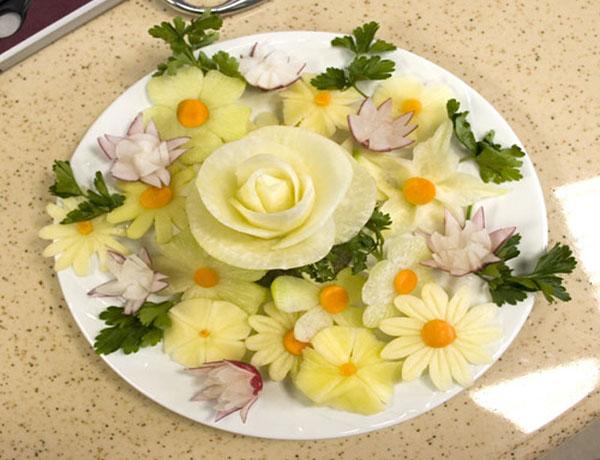 Красивое оформление блюд - салатов, фруктов.  Искусство украшения.