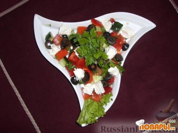 Подача греческого салата фото