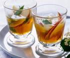 Горячие алкогольные напитки с чаем.  На пять-шесть порций: 250 мл...