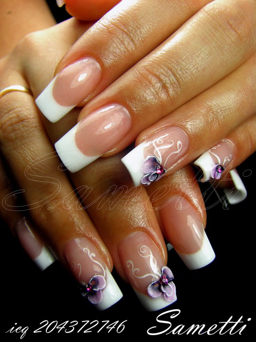 Френч дизайн ногтей с лепкой