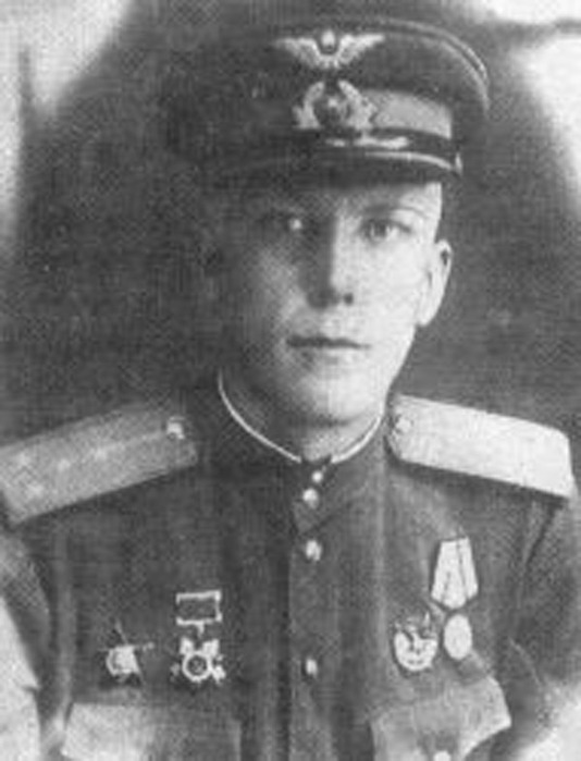Петр Иванович Романов Южнопортовый мемориальная доска