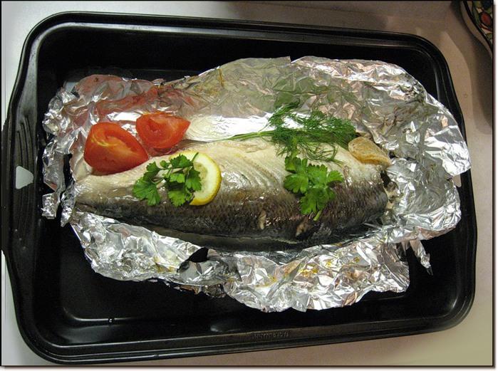 Рыба запеченная в фольге в духовке рецепт пошагово