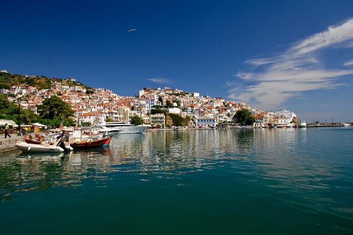 ...Греция (Эллада), общее название территории. древнегреческих государств на юге Балканского полуострова. островах...