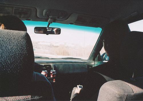 в машине фото