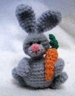 Схемы для вязания игрушек (зайцы)