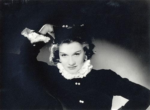 Coco Chanel Легенда и жизнь, одинокая Шанель.