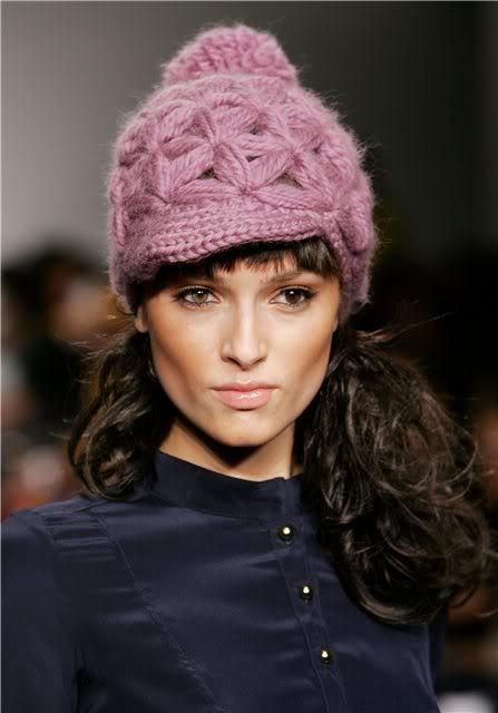 модели шапок в Москве.